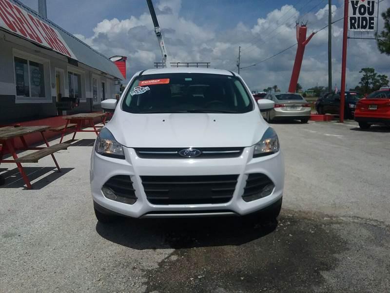 2014 FORD ESCAPE Davenport FL 33837