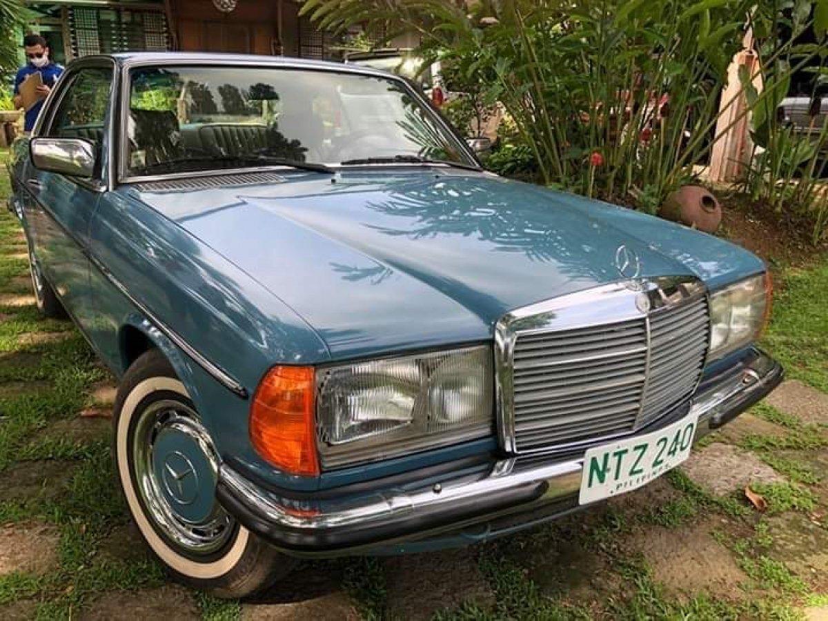 1977 Mercedes-Benz 230 CE Sedan
