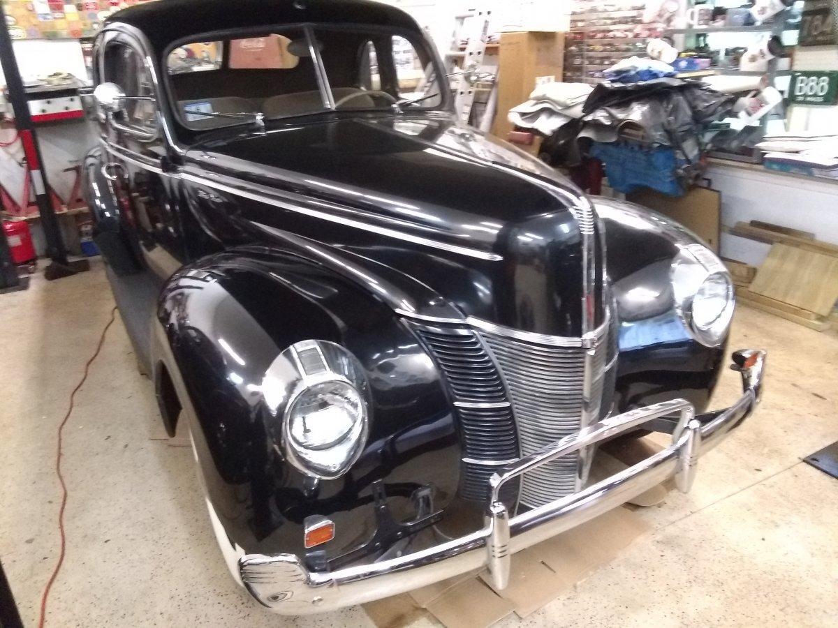 1940 Ford Opera