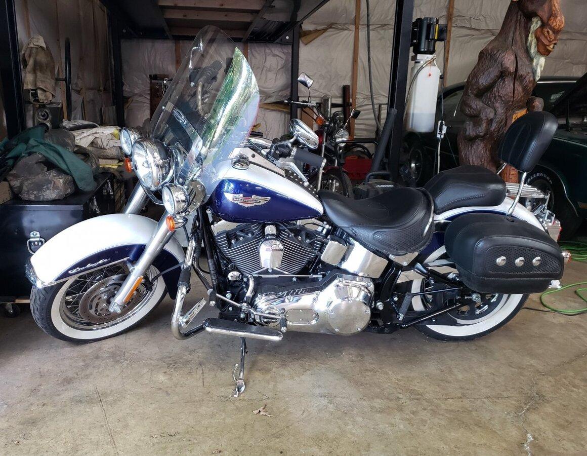 2006 Harley-Davidson FLSTNI Softail Deluxe