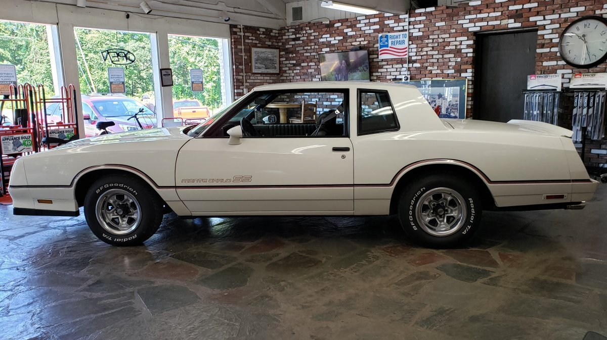 1985 Chevrolet Monte Carlo SS Coupe
