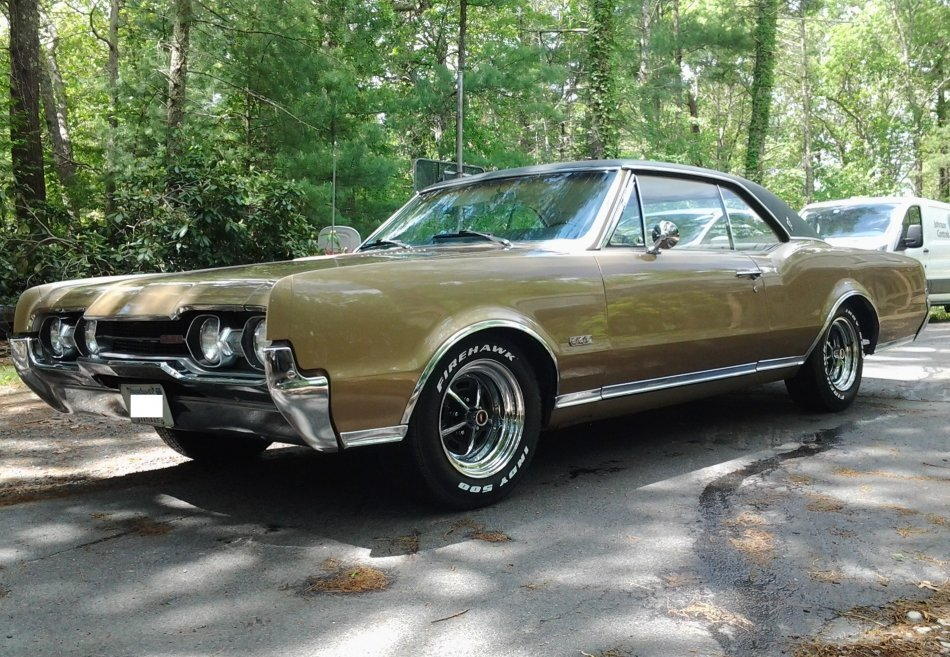 1967 Oldsmobile Cutlass Supreme 442 Holiday 2 Door Coupe for sale in Hanover, MA