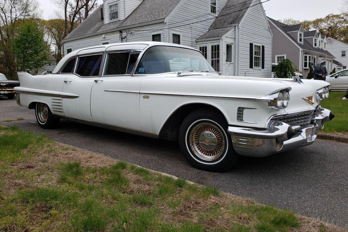 1958 Cadillac Fleetwood 75 Imperial Sedan