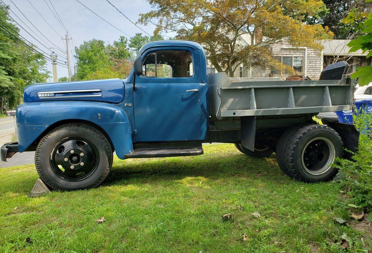1950 Ford F5 Dump Truck