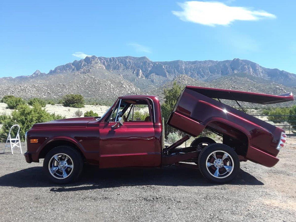 1969 Chevrolet C10 Pickup Custom