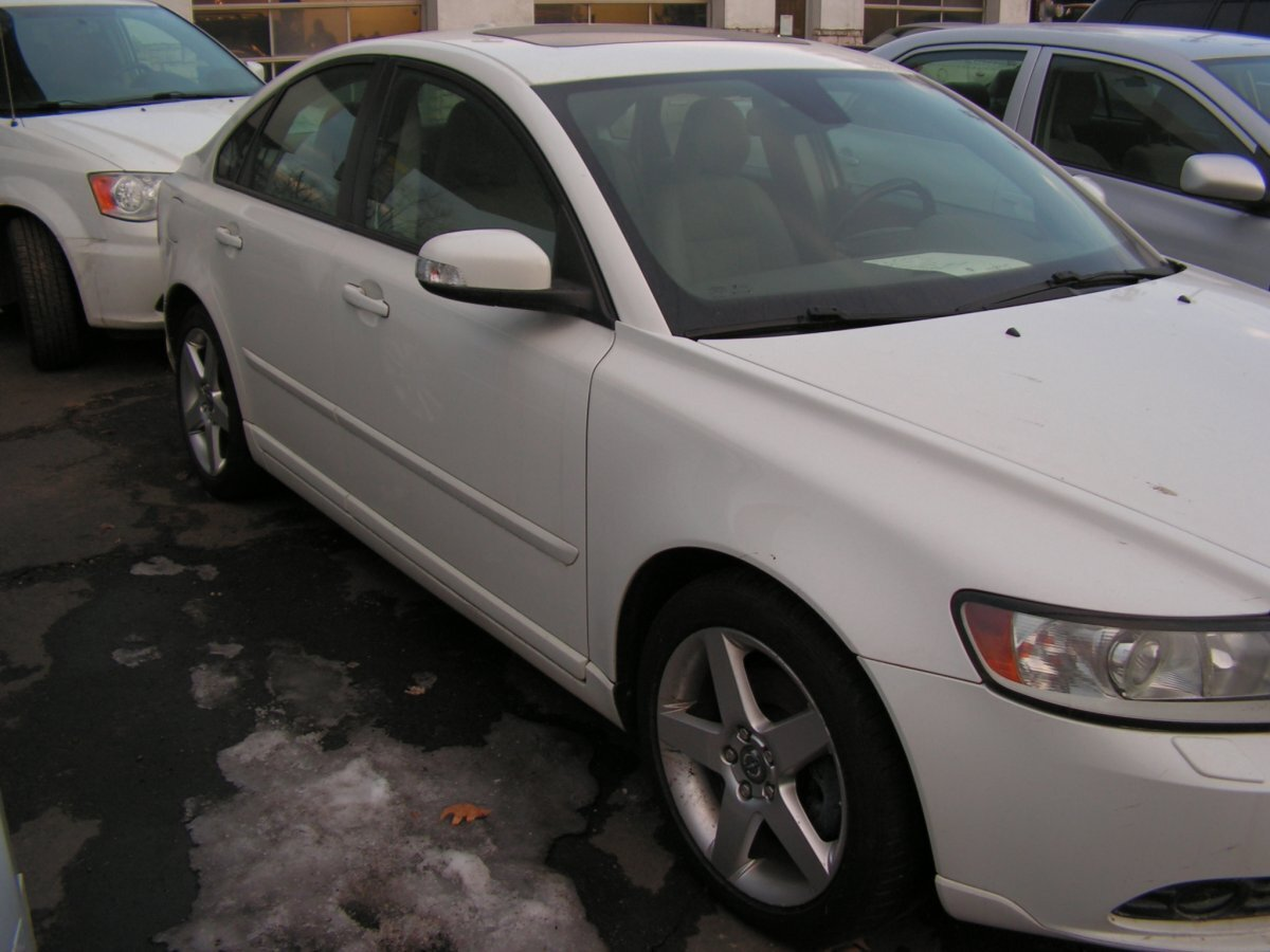 2008 VOLVO S40 2.4I for sale in Canton, OH