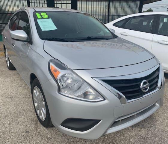 2015 NISSAN VERSA 1.6 SV Sedan for sale in Houston, TX