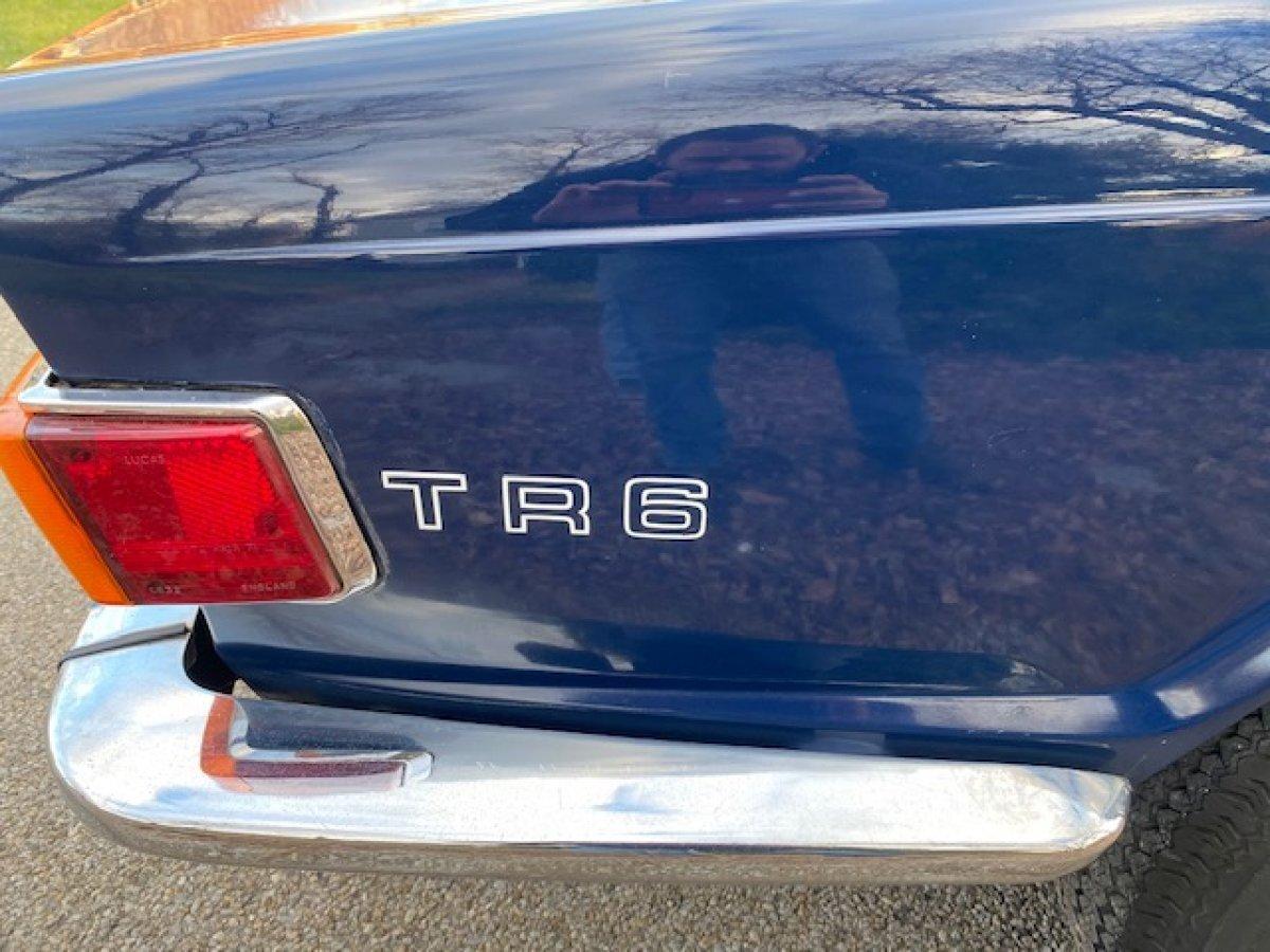 1972 TRIUMPH TR6 CONVERTIBLE FACTORY AC, MANUAL TRANS - Photo