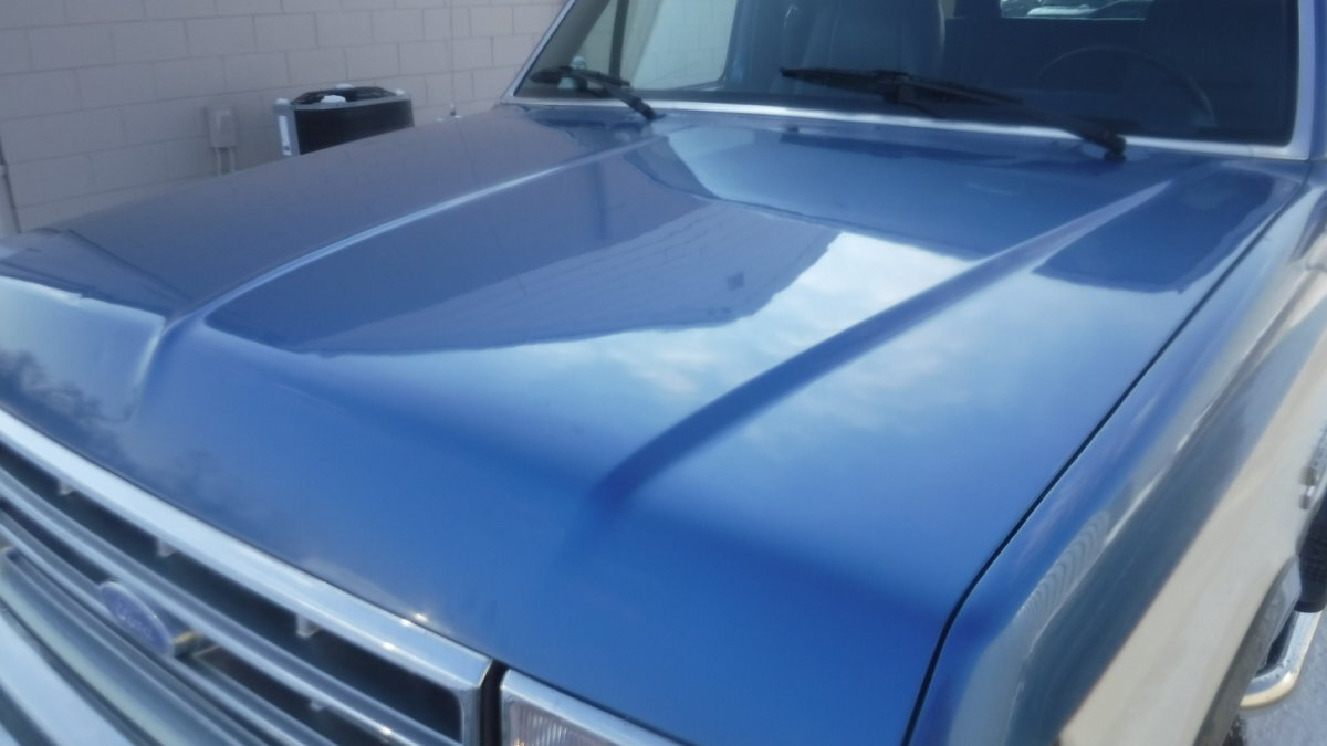 1988 FORD BRONCO 4X4 XLT XLT FOUR WHEEL DRIVE - Photo
