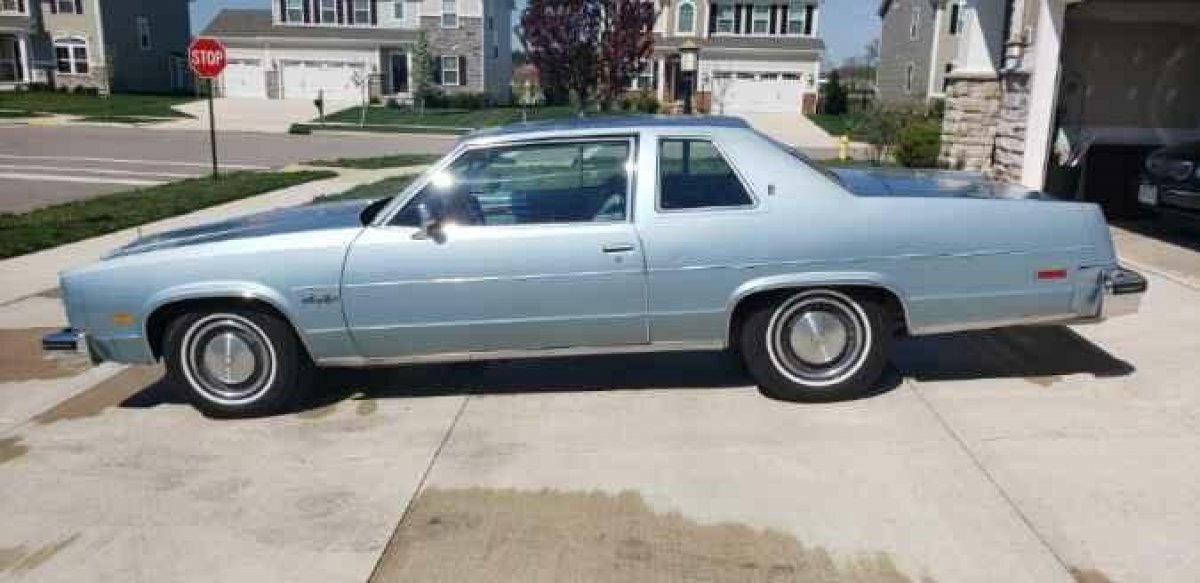 1977 OLDSMOBILE NINTY EIGHT COUPE LUXURY COUPE 350 ROCKET in Milford, OH