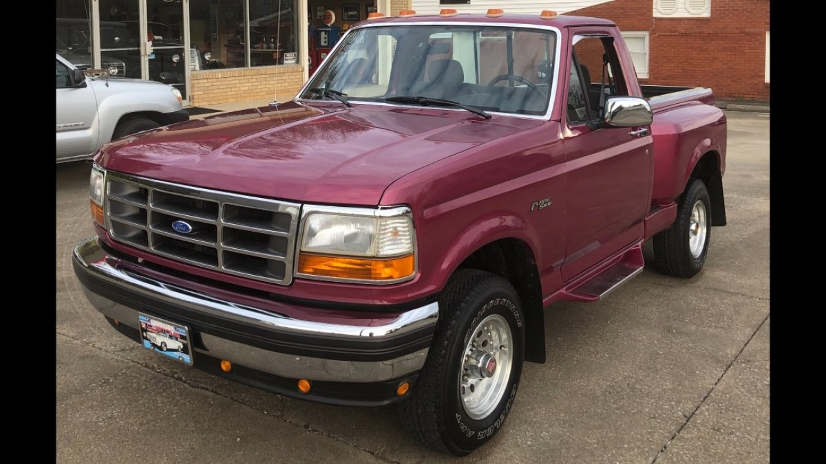 1993 FORD F-150 FLAIR SIDE 5.8 LITER FLAIR SIDE IRIS METALLIC PAINT in Milford, OH