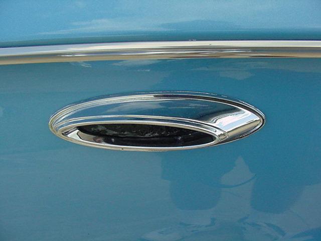 1961 BUICK LESABRE 2 DOOR - Photo