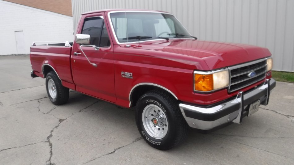 1991 FORD F 150 SHORT BED XLT LARIATE XLT SHORT BOX V8 in Milford, OH