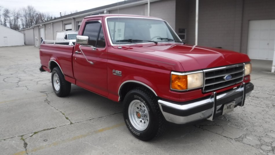 1991 FORD F 150 SHORT BED XLT LARIATE XLT SHORT BOX V8 - Photo