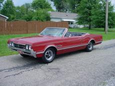 1966 OLDSMOBILE 442 CONVERTIBLE AUTO 442 CONVERTIBLE 400, AUTO RED