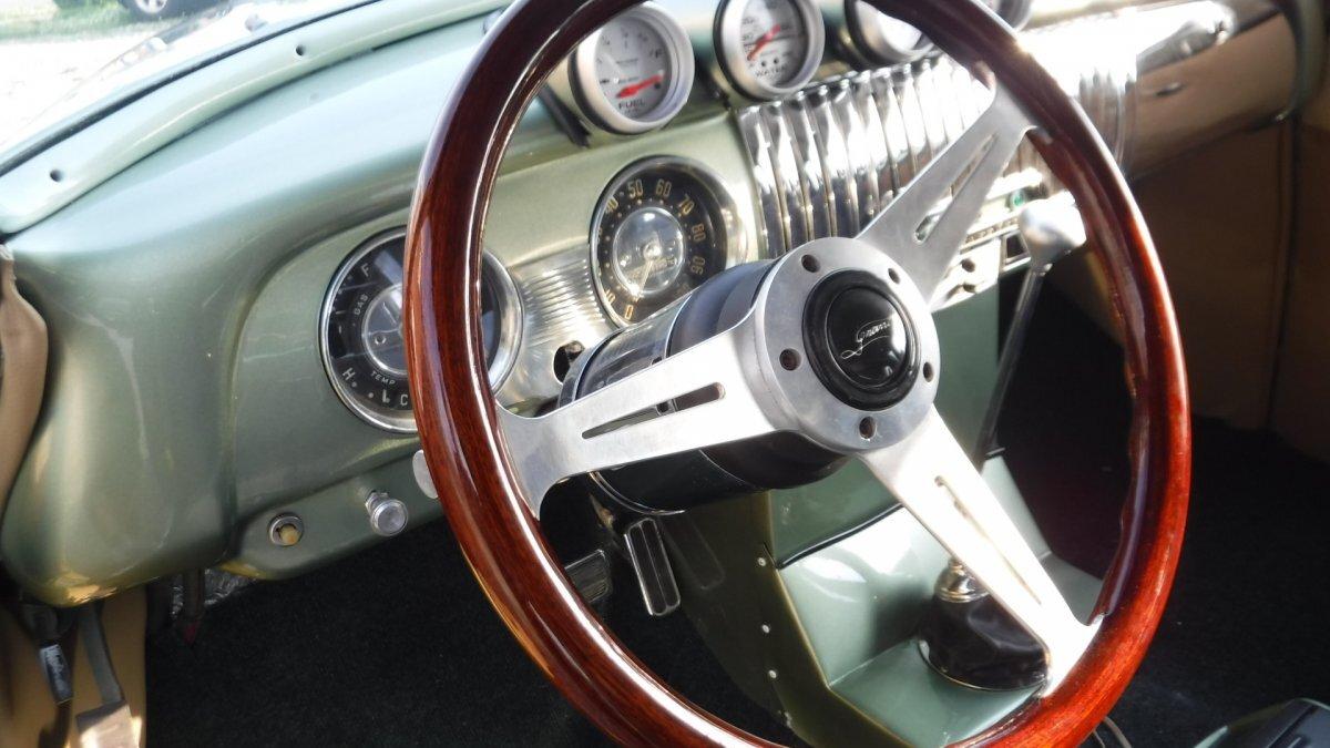 1952 CHEVROLET STYLE MASTER  KK CODE CUSTOM CAR, V8, AUTO - Photo