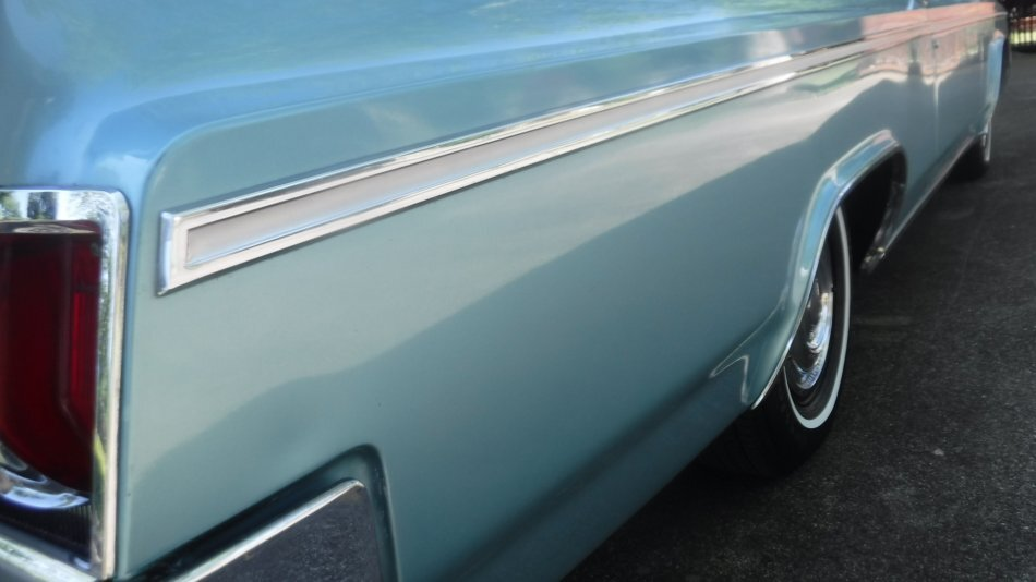 1963 OLDSMOBILE SUPER 88 HOLIDAY COUPE HOLIDAY COUPE 394-4 AUTO - Photo