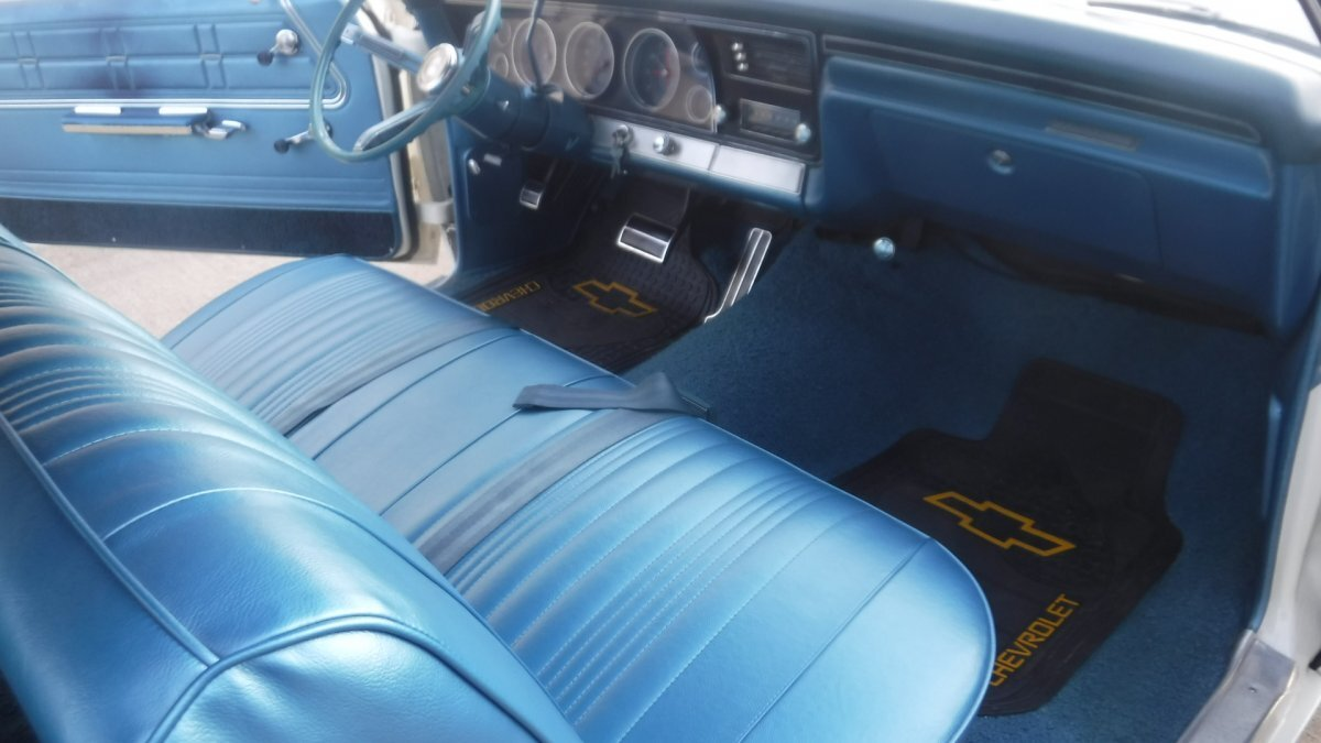 1967 CHEVROLET IMPALA COUPE TILT WHEEL BENCH SEAT 283 AUTO - Photo