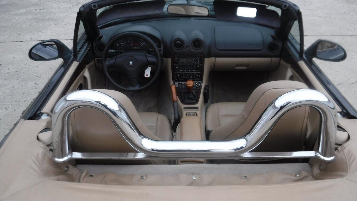 2000 Mazda MIATA MX5 5 SPEED ROADSTER - Photo