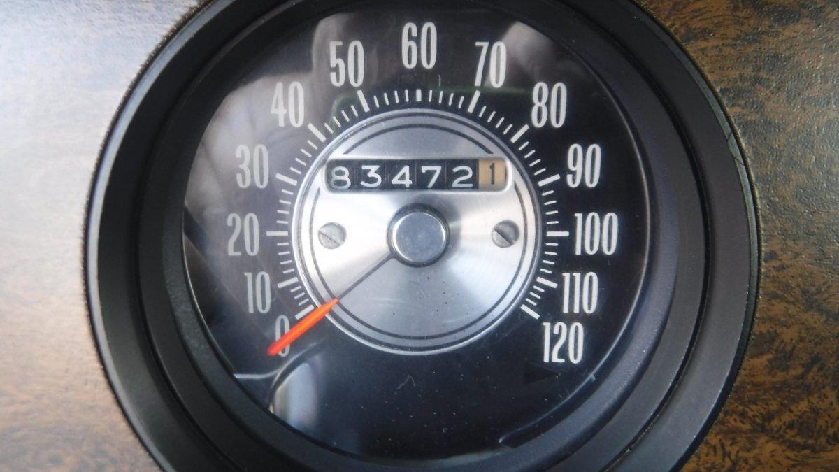 1970 OLDSMOBILE 442 AUTO BUCKET SEATS - Photo