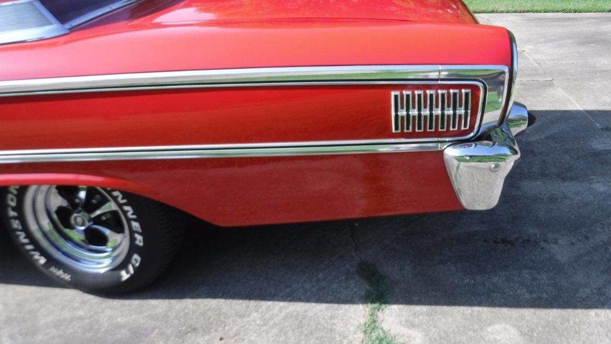1963 Ford GALAXIE 500 BOX TOP 427 SIDE OILER DUAL QUADS 4 SPEED - Photo