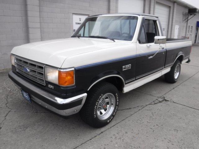 1988 FORD F-150 XLT SHORT BOX LARIAT - Photo