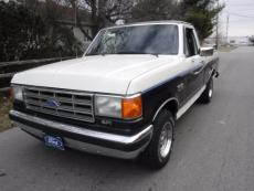 1988 FORD F-150 XLT SHORT BOX LARIAT