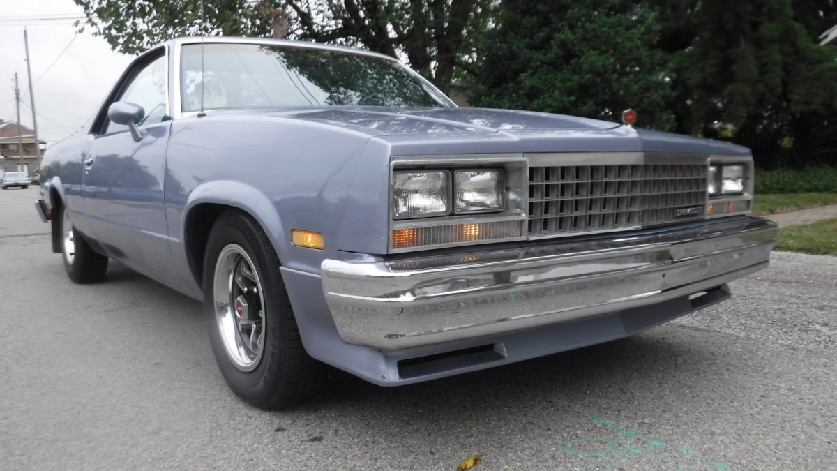 1984 CHEVROLET EL CAMINO SUPER SPORT SUPER SPORT V8, AUTO BED LINER in Milford, OH