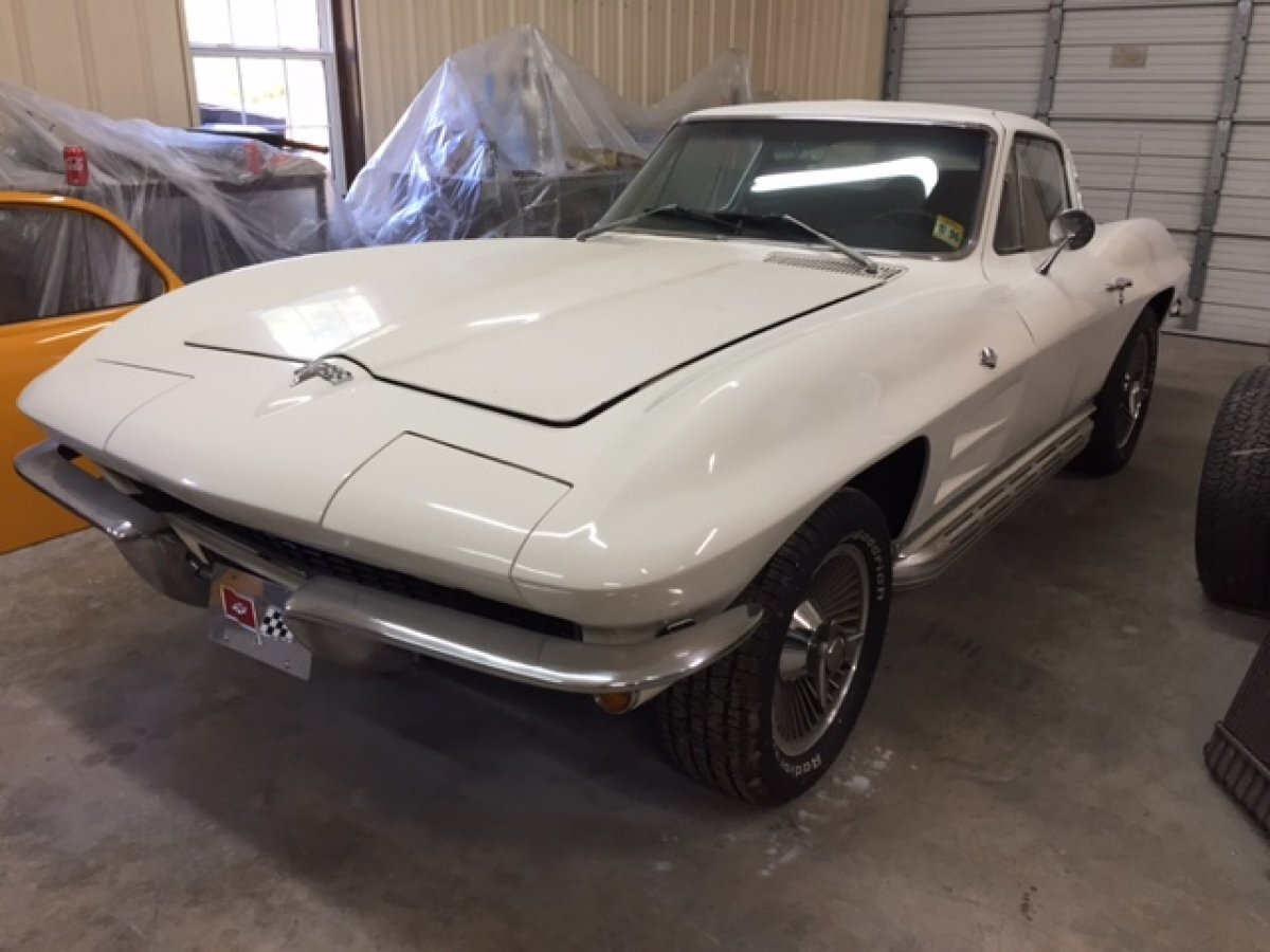 1964 CHEVROLET CORVETTE COUPE 327-300 4 SPEED in Milford, OH