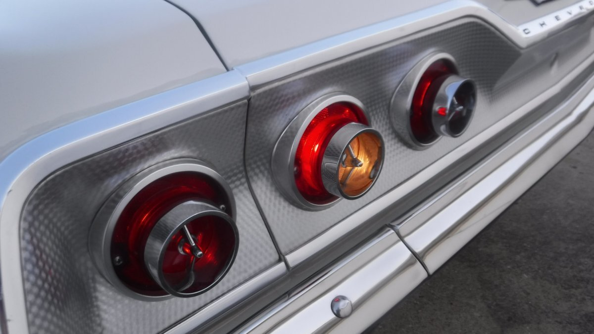 1963 CHEVROLET IMPALA SUPER SPORT SUPER SPORT V8, AUTO - Photo