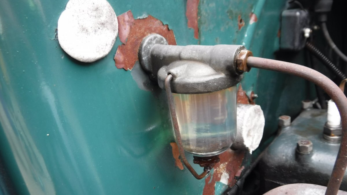1930 FORD MODEL A TRUCK WIPER, SPARE, WIRE WHEELS - Photo