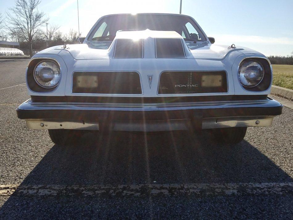 1976 Pontiac ASTRE 383 GM MOTOR, BUCKET SEATS, AUTO - Photo