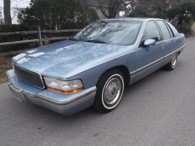 1992 BUICK ROADMASTER CLOTH NO CARRAGE ROOF in Milford, OH
