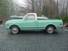 1969 CHEVROLET C-10 CUSTOM SHORT BOX PICKUP SHORT BOX