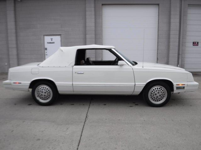 1982 CHRYSLER LEBARON CONVERTIBLE MARK CROSS 2.6 ENGINE - Photo