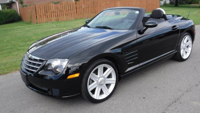 2005 CHRYSLER CROSSFIRE CONVERTIBLE 6 SPEED CONVERTIBLE 6 SPEED BLACK / BLACK in Milford, OH