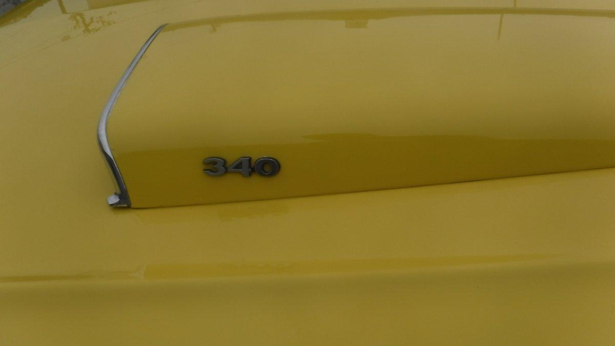 1970 DODGE DART SWINGER 340 AUTO AC - Photo