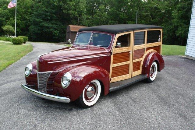 1940 FORD DELUXE WOODY WAGON LEATHER, OHC V8, AUTO, AC in Milford, OH