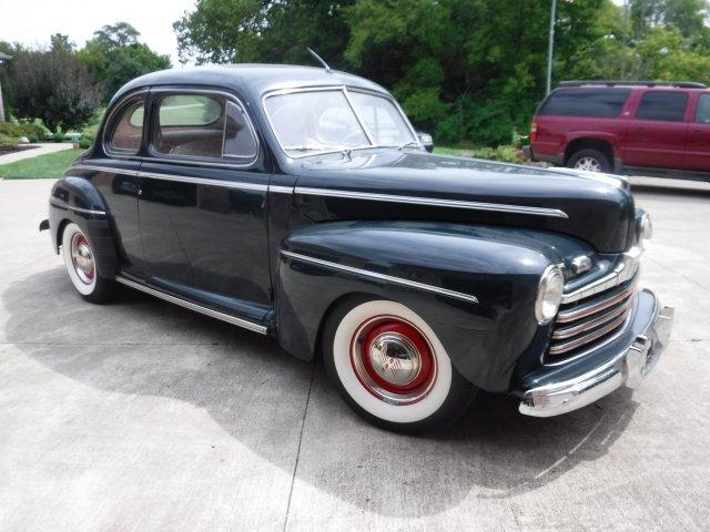 1946 FORD SUPER DELUXE COUPE FLAT HEAD WITH 5 SPEED - Photo