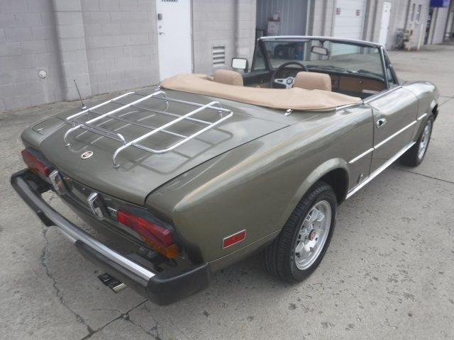 1982 FIAT SPIDER CONVERTIBLE 2000 INJECTED - Photo