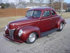1940 FORD DELUXE COUPE HEMI