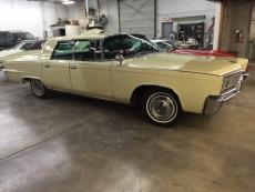 1966 CHRYSLER IMPERIAL CROWN 4 DOOR PILLAR LESS 4 DOOR LEATHER