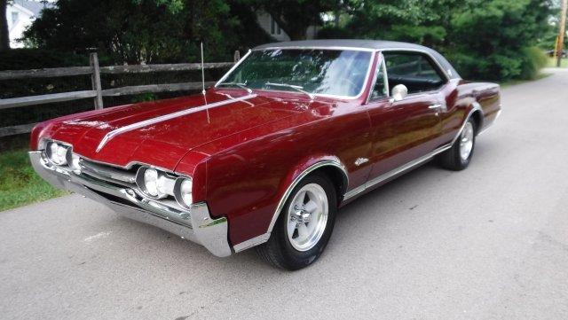 1967 OLDSMOBILE CUTLASS SUPREME HOLIDAY COUPE 330-4, K50, 3 SPEED MANUAL HURST SHIFTER, RALLY PA in Milford, OH