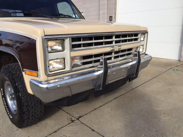 1988 CHEVROLET BLAZER K5 4X4 5.7 V8, 4X4 , AUTO - Photo