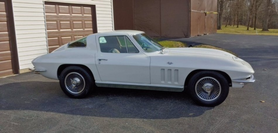 1966 Chevrolet CORVETTE COUPE L-79 4 SPEED AIR CONDITIONING - Photo