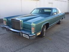 1979 LINCOLN TOWN COUPE' LEATHER PADDED TOP