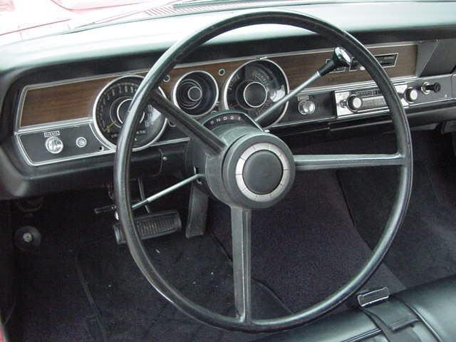1970 DODGE DART SWINGER - Photo