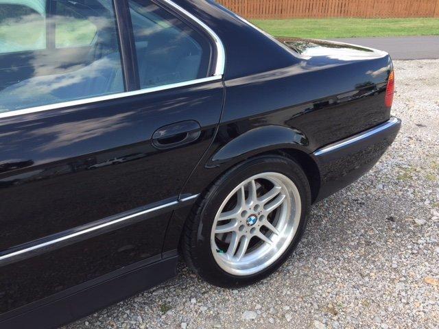 1999 BMW 750IL 12 CYLINDER BLACK / BLACK LEATHER - Photo