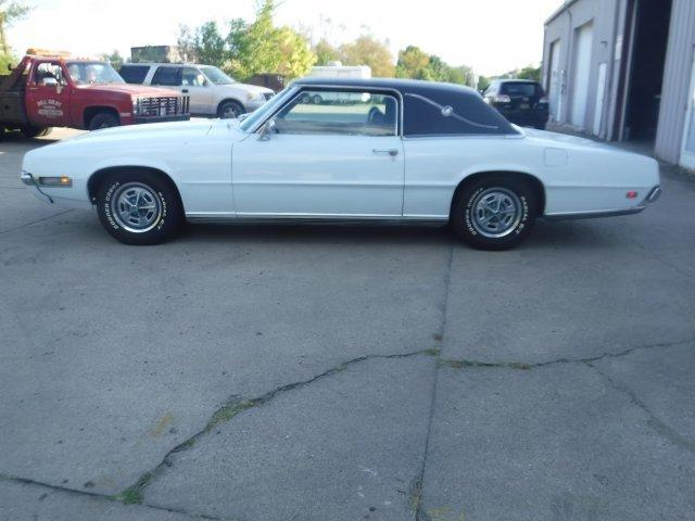 1969 FORD THUNDERBIRD LANDAU COUPE in Milford, OH