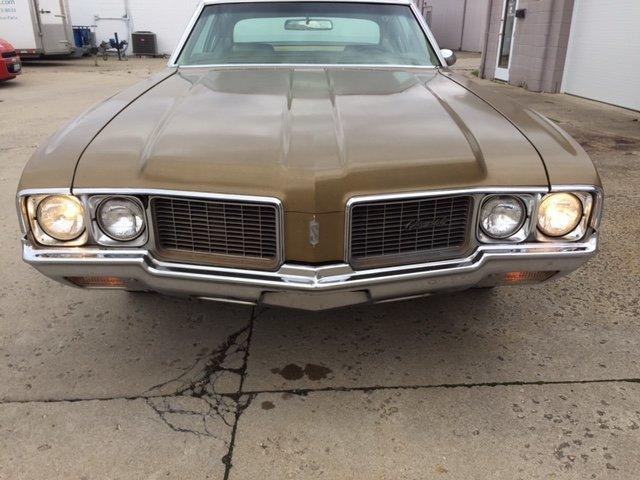 1970 OLDSMOBILE CUTLASS SPORT COUPE SPORT COUPE, 350, AUTO, AC, BENCH SEAT - Photo